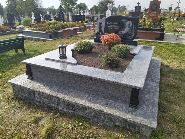 Пам'ятники. Заливка могил.