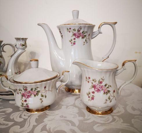 """Zestaw do kawy -porcelana Chodzież """"Iwona 003"""" róże, złoto - sprzedam"""