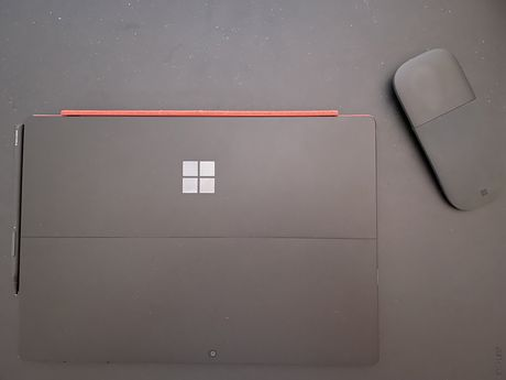 Microsoft Surface Pro 7 - Preto - i5 | 256GB | 8GB (Garantia 2023)