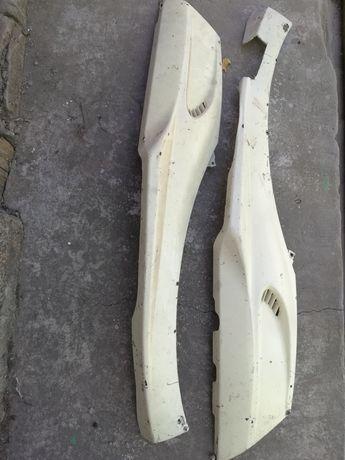 Пластик, левая и правая лыжня ямаха джог некст