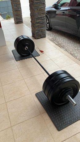 Conjunto de Barra Olimpica e Pesos de Musculação Bumper
