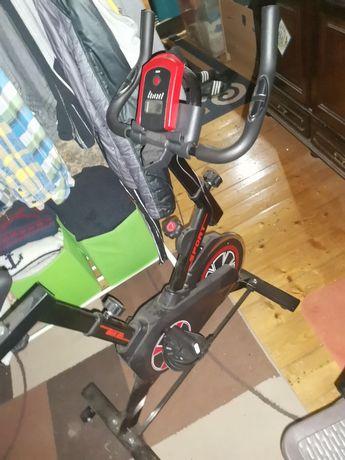 Bicicleta Estática nova