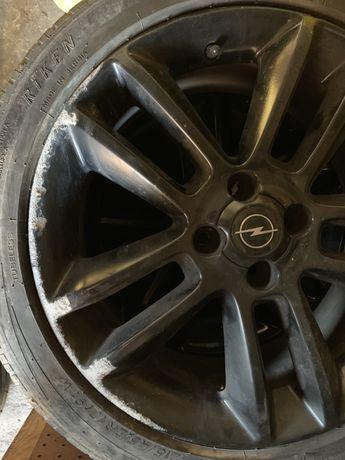Czarne felgi 17 cali 4x100 ET44 oryginalne Opel OEM czarne komplet