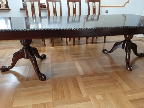 Stół do jadalni na 12 osób