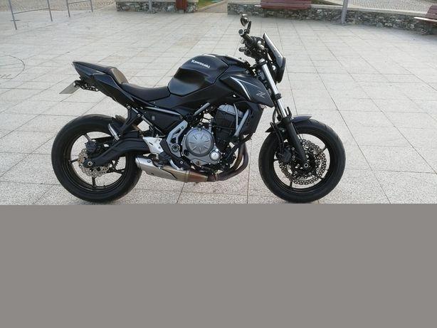 Kawasaki z650 preta