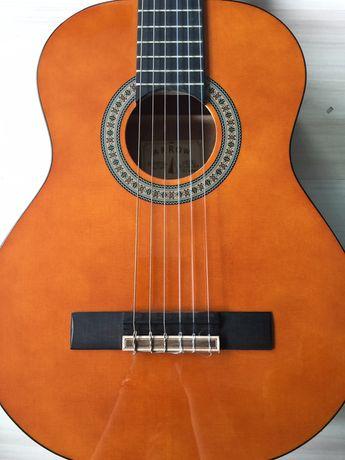 Gitara klasyczna Arrow Calma 3/4 z połyskiem