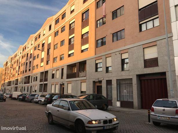 Lugar de garagem em Matosinhos Sul, Rua Sousa Aroso/Comendador Ferreir