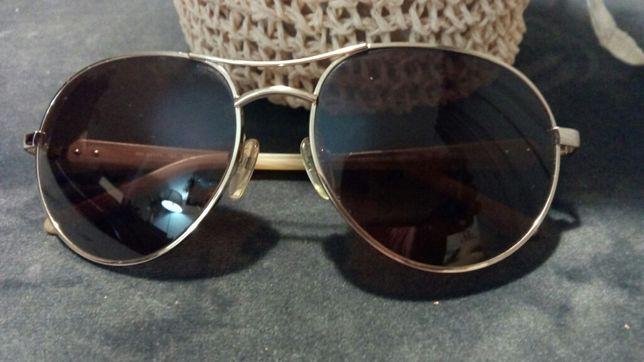 Óculos de sol marca Pedro del Hierro
