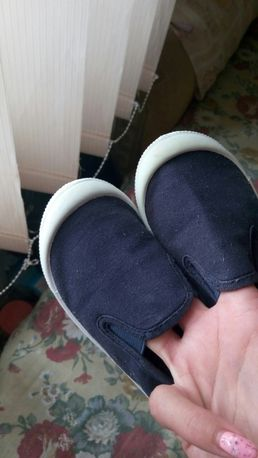 Тапульки для мальчишки.