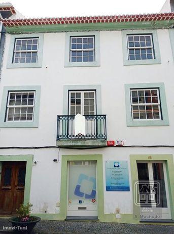 Ref. 3422212 - Apartamento T5 para venda - Centro de Angra do Heroí...