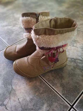 Kozaki buty na zime dziewczynka kokardka kwiatki futerko roz 27 oddam