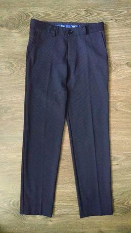 Темно-синие школьные брюки для мальчика 9-10 лет