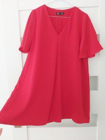 Piękna czerwona sukienka oversize ZARA