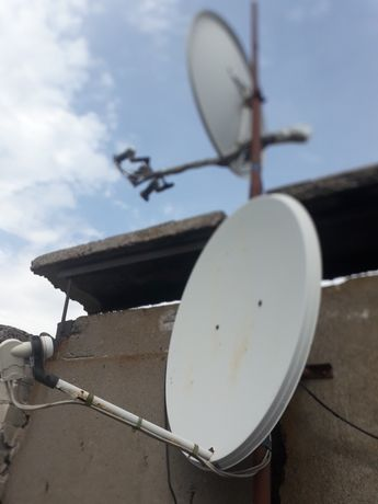 Продам  2 спутниковые антенны +тюнер