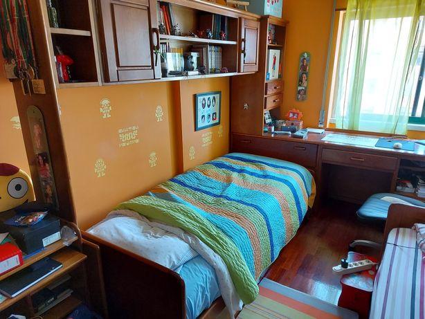 Conjunto estúdio 3 camas e secretária