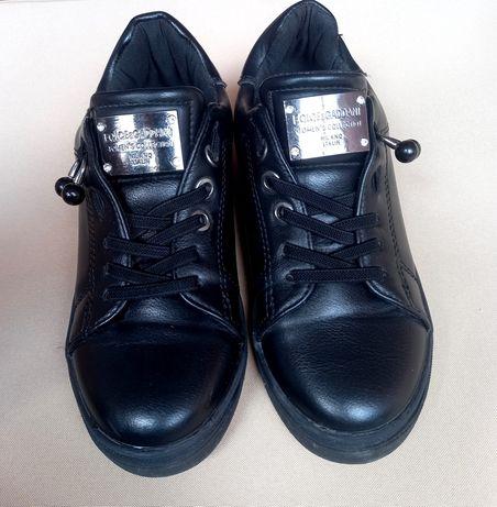 Кросовки чёрные для девочки