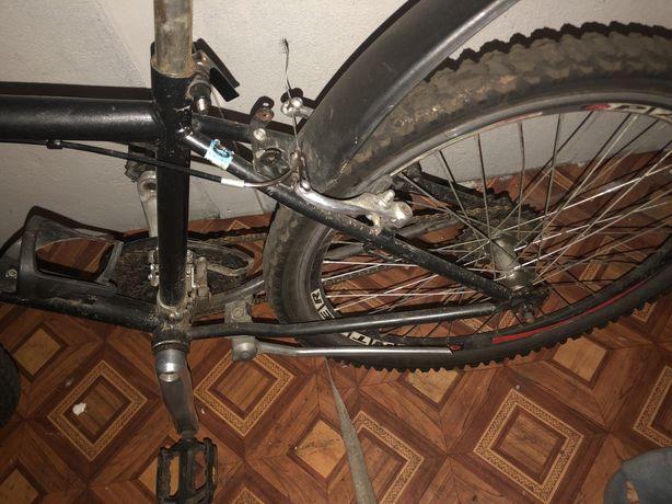 Продаю спортивний велосипед