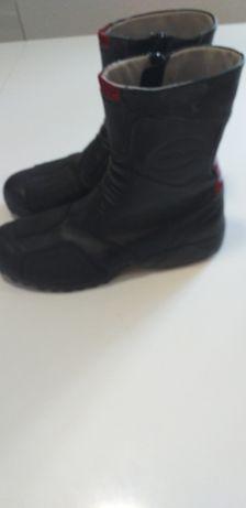 Botas DKNY super confortáveis e muito leves