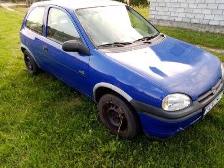 Opel Corsa B 1996 r. 1.4 cm niebieski hatchback