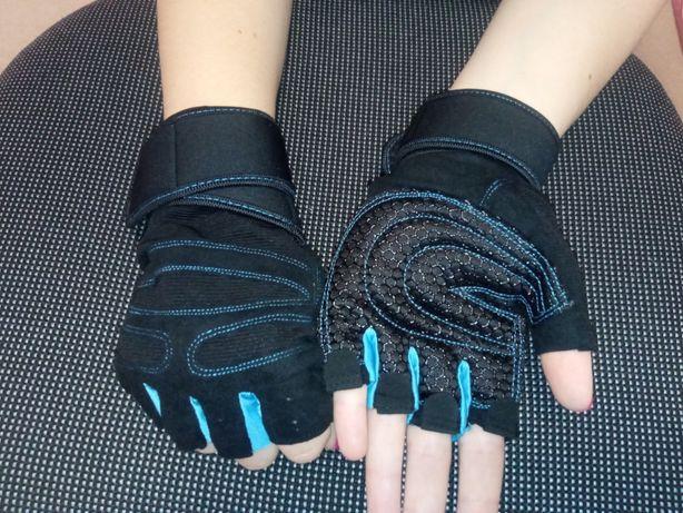 Крутые перчатки для фитнеса