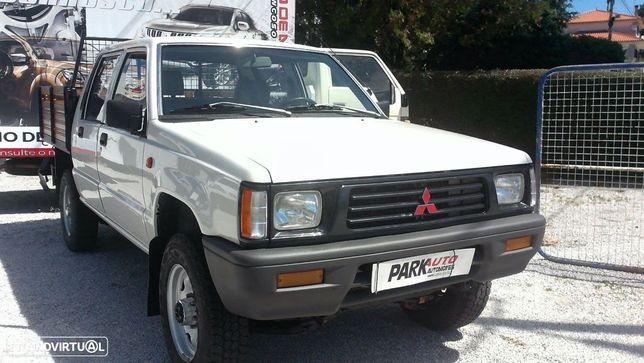 Mitsubishi L200 4x4 Turbo diesel 5 lugares