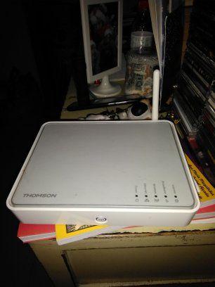 Thomson TG585 V7 ADSL ADSL2 Modem router
