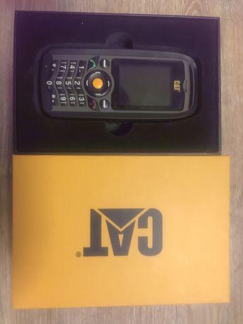 Продам противоударный мобильный телефон САТ В25