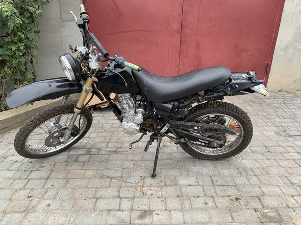 Продам кроссовый мотоцикл на документах