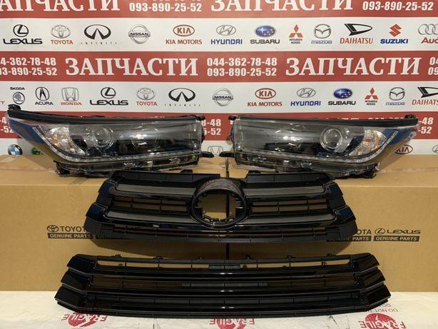 Toyota Highlander XSE чорна морда (анти хром)