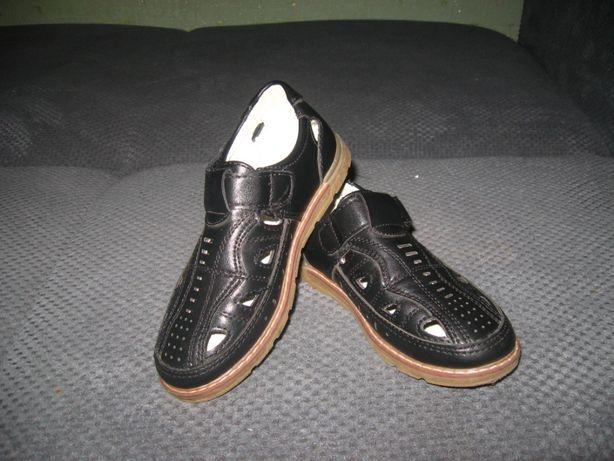 Туфли открытые летние перфорированные сандалии 19 см