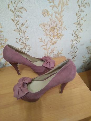 Туфлі 42 р по ст 27 см