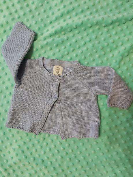 Sweterek niemowlęcy 62