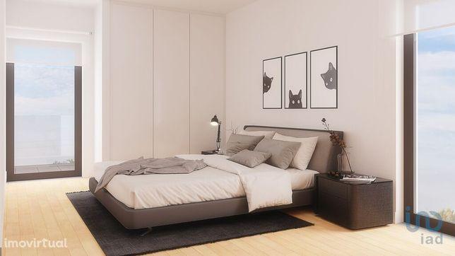 Apartamento - 96 m² - T3