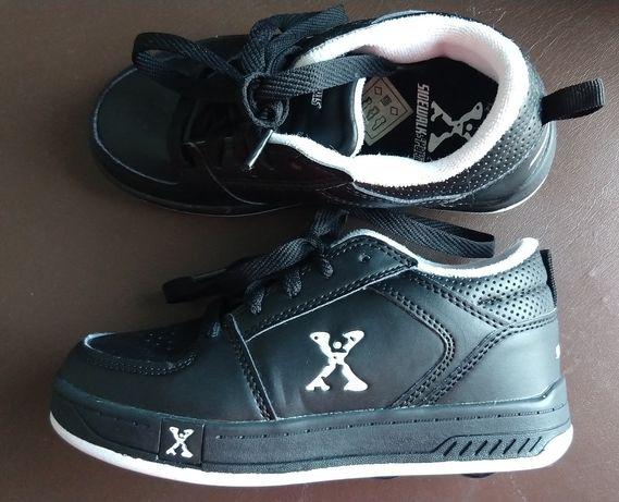 кроссовки-ролики XSidewalk р.31-32 (20см внутри)