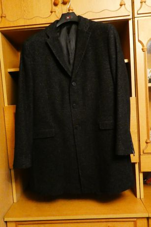 Nowy męski lekki płaszcz jesienno-wiosenny rozmiar 56 albo L.
