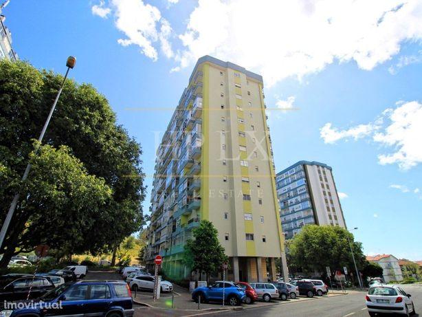 Apartamento T2 no centro de Carnaxide