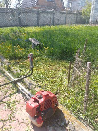 Покос травы, уборка сорняков
