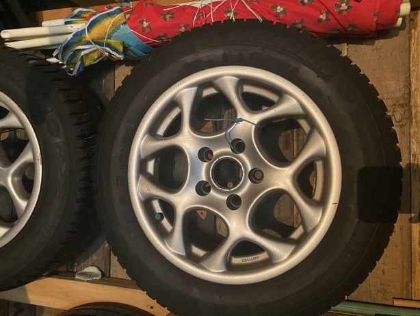 """4x Aluminiowe Felgi 15"""" od Nissan Maxima"""
