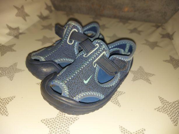 Nike do wody sandałki kapcie