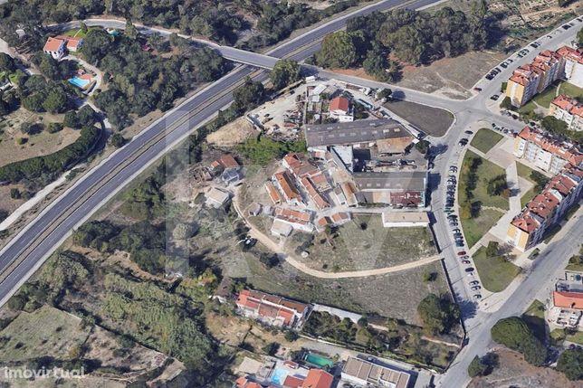 Quinta com 2,6 ha. com 48 frações independentes no Barreiro - Setúbal