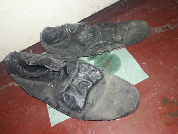 Мужской кожаные ботинки зимние тёплые осенние качественные внутри мех