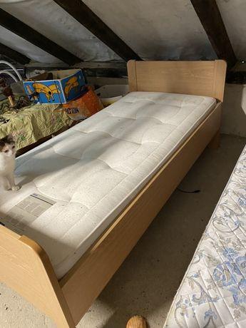Łóźko dla chorej osoby