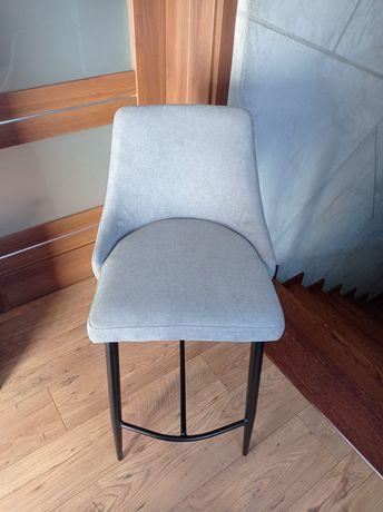 Krzesła hokery barowe