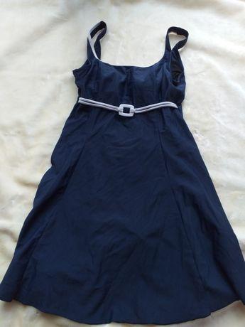 Granatowy kostium kąpielowy