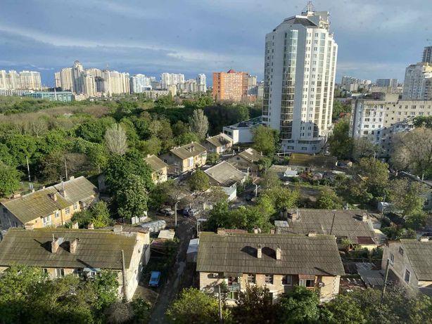 Двухуровневая квартира с мансардой на ул. Зоопарковой/Говорова