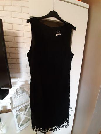 Czarna sukienka rozmiar 42