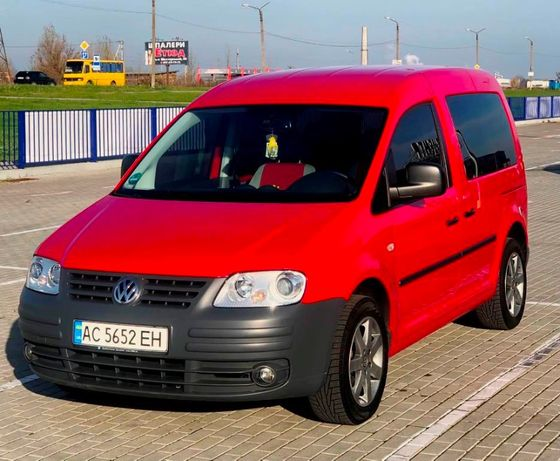 Volkswagen Caddy пасс. LIFE 1.6 MPI GAZ