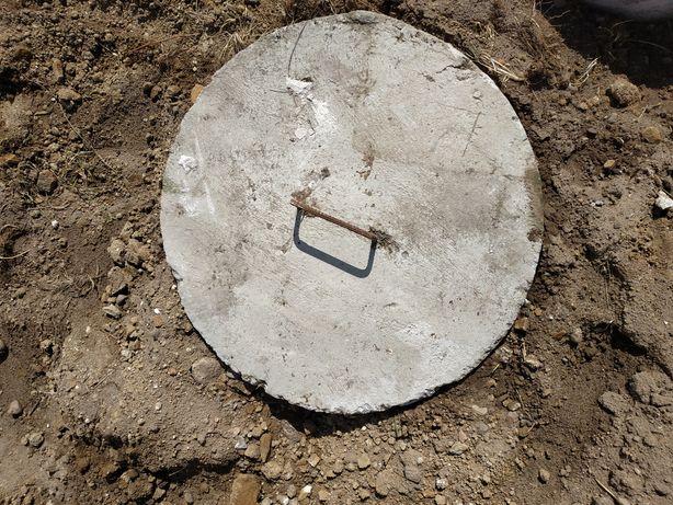 Pokrywa betonowa szamba , krąg