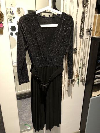 Wieczorowa sukienka 36