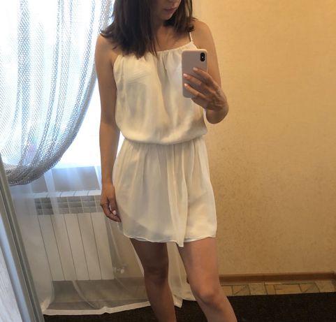 Белое платье Zara  размер S  150 грн